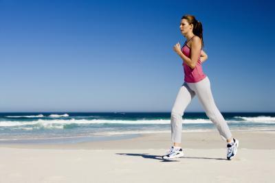 هل الجري على معدة فارغة (فاضية) يساعد على التخسيس بشكل اسرع ؟