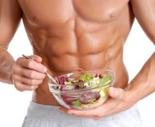 ماذا تأكل قبل و اثناء و بعد التمرين لزيادة العضلات و تحسين الاداء ؟